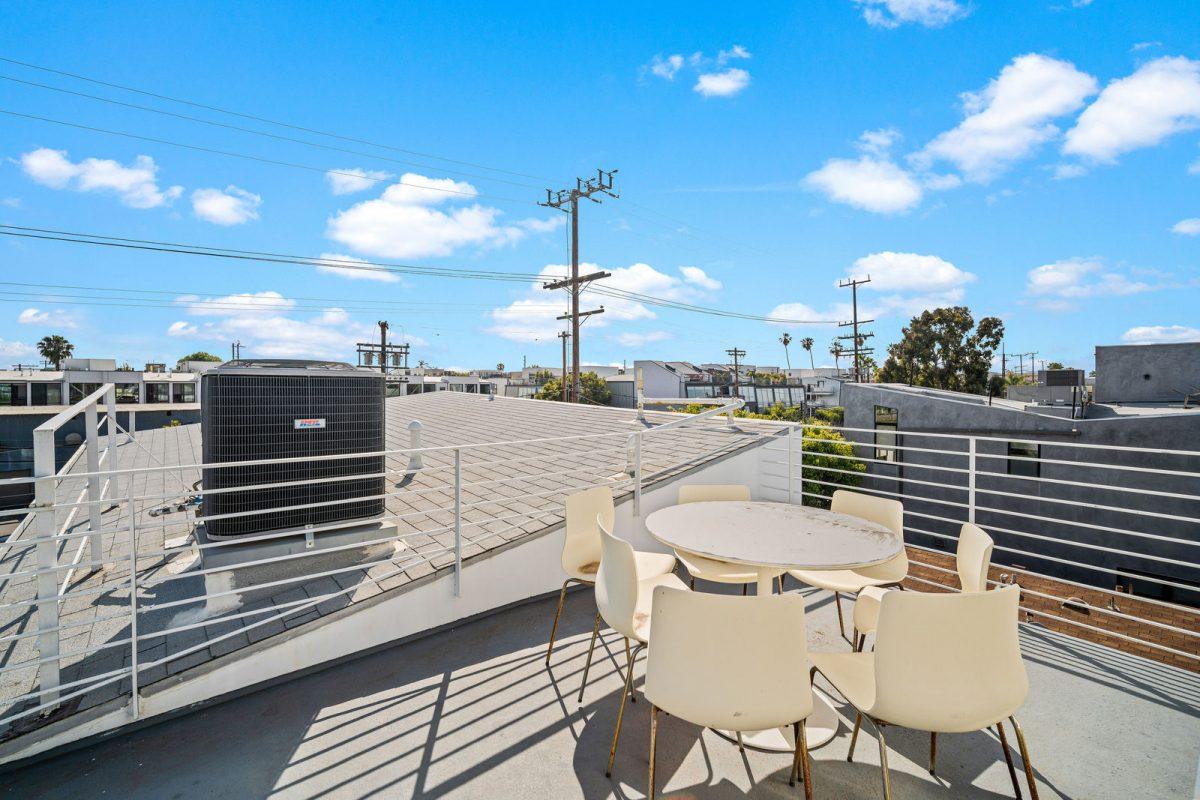 714hamptondr Rooftop 42of44