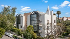 Gorgeous Architectural Unit With Loft