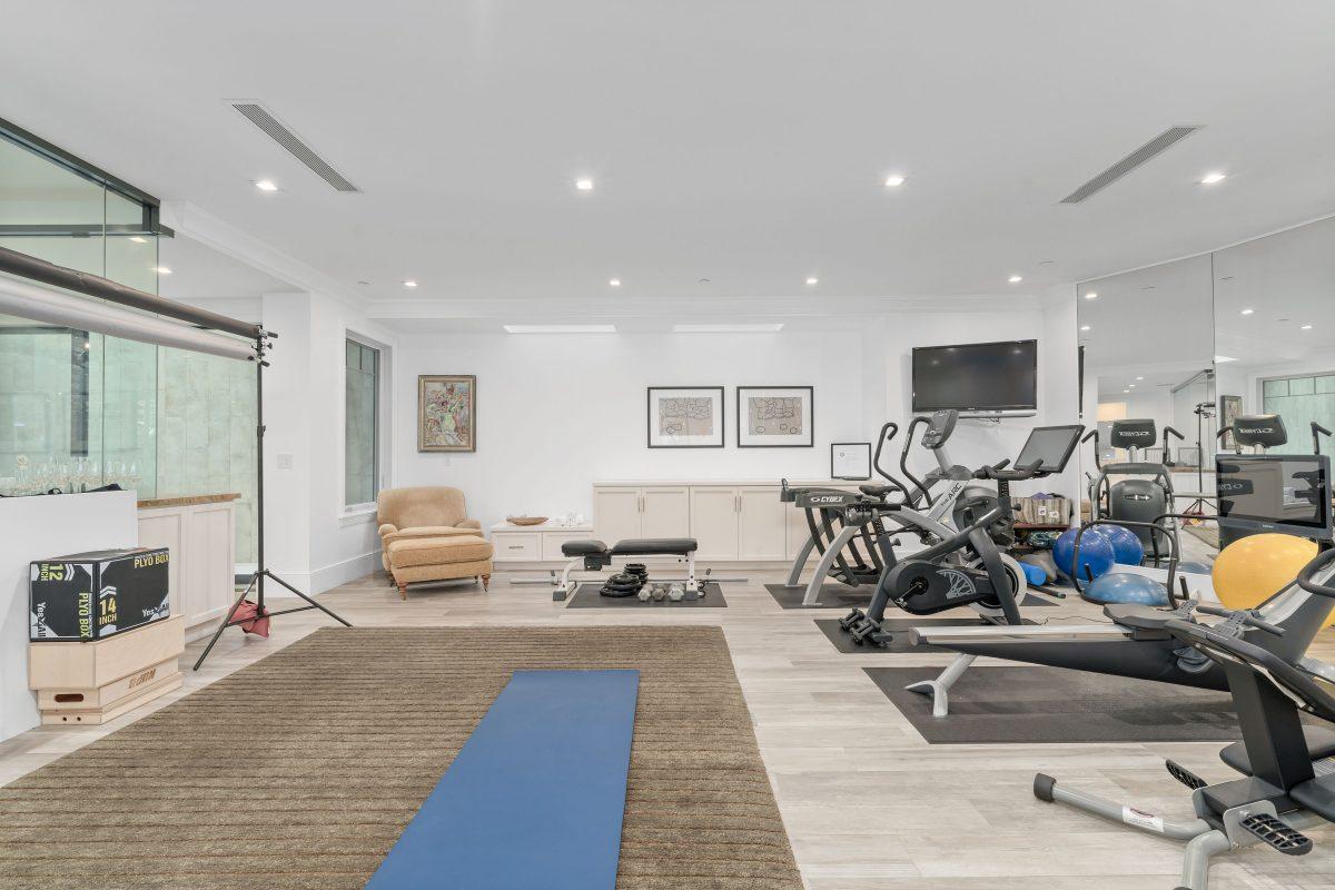 23519THST(54of95)gym